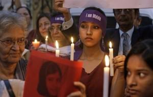 マララさん銃撃事件に抗議するパキスタンの人々