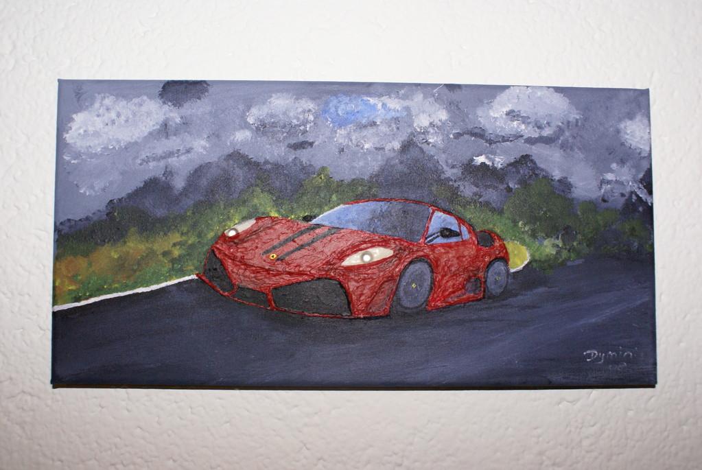 Ferrari aus Acryl, Gel, Pappmarchè