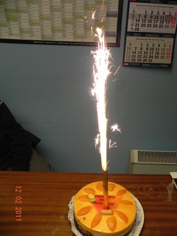 Im Büro wurde dann noch gefeiert!