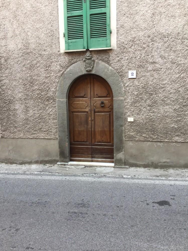 Eingang 20m von der Piazza