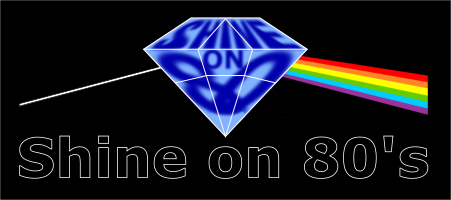 So80 (black,black,full Logo) bei schwarzem Hintergrund
