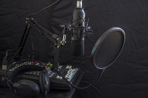 Mitarbeiter gesucht? Wir produzieren Ihren professionellen Radiospot!
