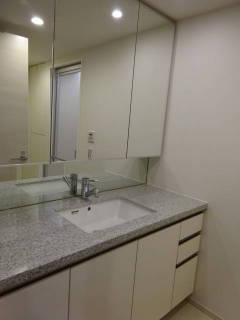 新築マンション ザ・パークハイツ西新宿タワー60【25階・2SLDK・81.50㎡・9,980万円】洗面室