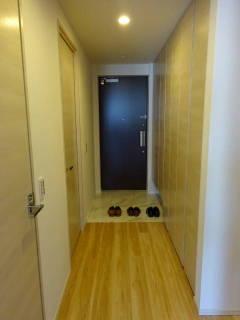 新築マンション ザ・パークハイツ西新宿タワー60【25階・2SLDK・81.50㎡・9,980万円】玄関