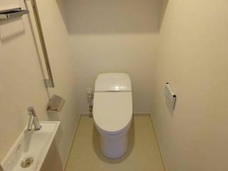 新築マンション ザ・パークハイツ西新宿タワー60【25階・2SLDK・81.50㎡・9,980万円】トイレ