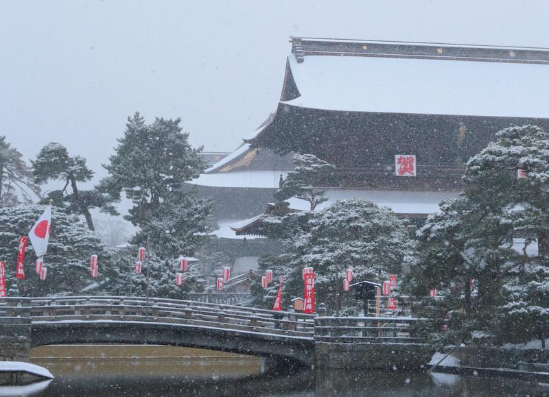市内は昨晩から15cmの雪。