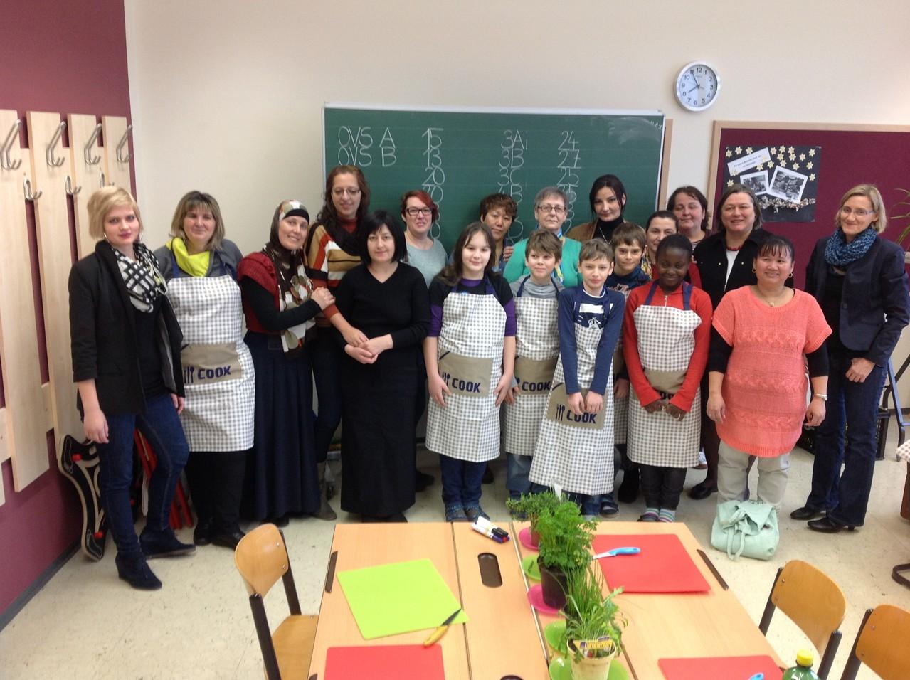 Das Team bestehend aus Asylantinnen, Müttern und Schulkindern