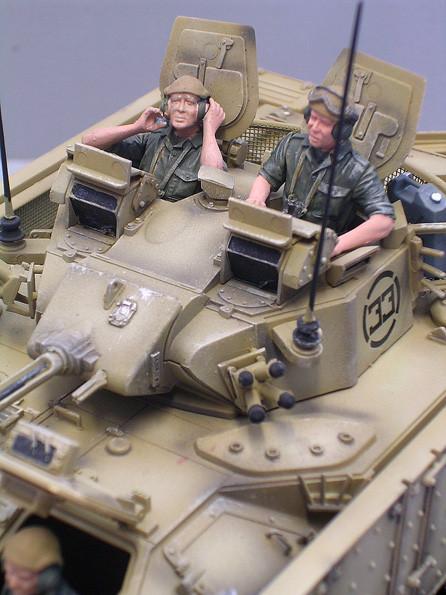 Die Figuren sind britische Panzersoldaten von Verlinden.
