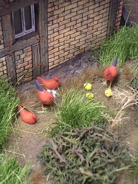 Dies nutzen die Tamiya-Hühner zum Eierlegen.