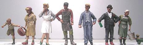 Resinfiguren von Doug u.ä. Herstellern als Zivilisten sind selten zu finden, die kleine Auswahl soll Highlights setzen durch ungewöhnlichere Charaktere.