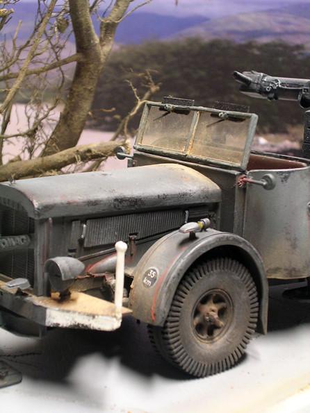 Sinnvolle Abriebstellen beleben das triste Wehrmachtsgrau.