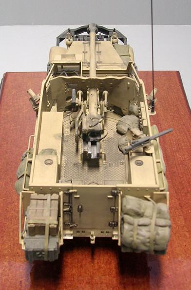 Innenbereich komplett neu aufgebaut mit nach innen verlegten Zusatztanks.