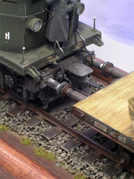 Auch der Kupplungsbereich bei der E45 ist mit sehenswerten Details versehen.