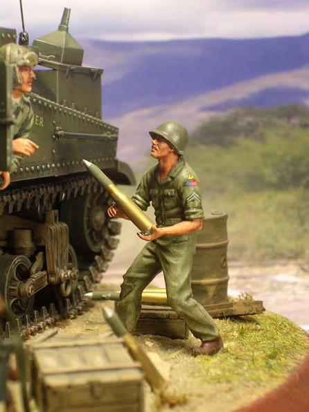 Aufmunitionieren und tanken vor dem Gefecht.