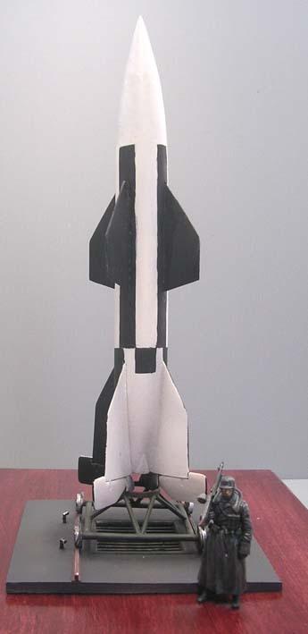 Während der Erporbungsphase bekamen die Raketenköprer ein schwarz-weißes Schachtbrettmuster, um die Rotationen des Flugkörpers während des Fluges beobachten zu können.