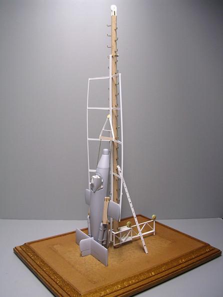 Die Höhe des Turmes erreicht in 1:35 schon fast 50cm.
