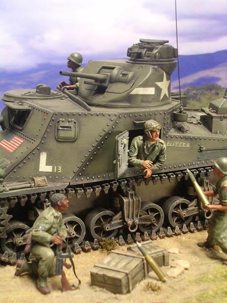 Die 37mm Kanone im Drehturm erlaubte dagegn ein 180 Grad Rundumfeuer.