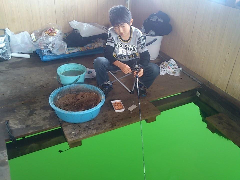 魚と手軽に知恵比べできるチヌ釣りは、ハマルと面白いです。