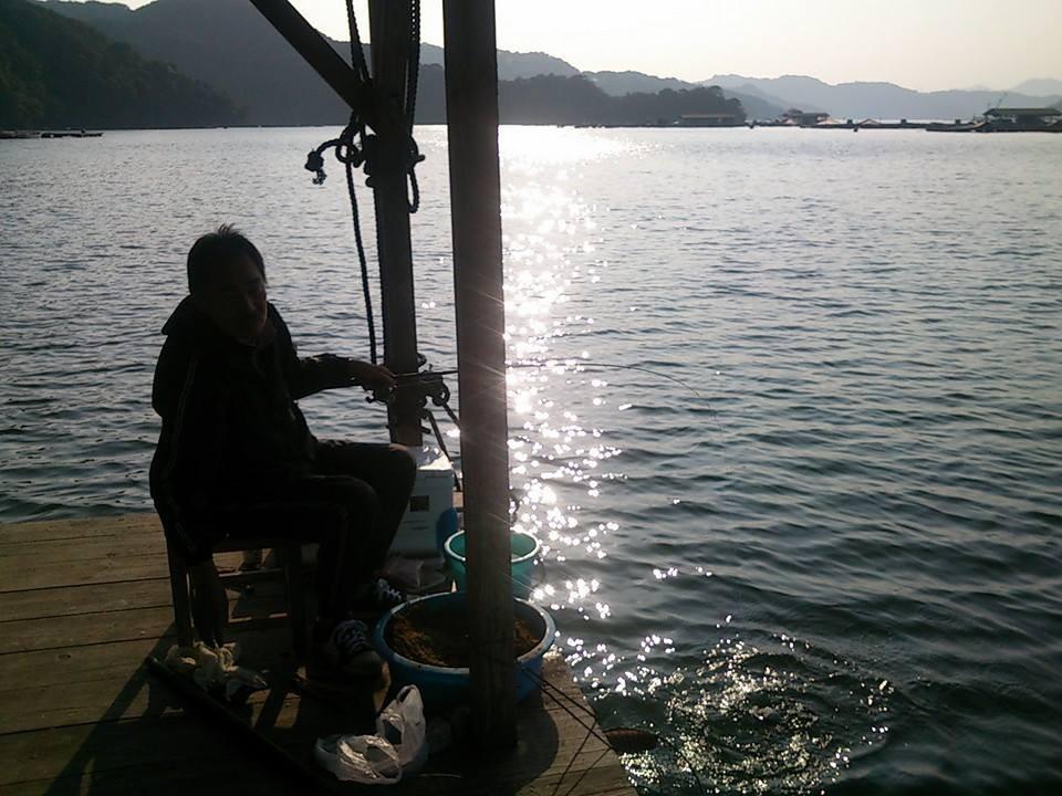 寂しさなしに孤独でいることができる筏釣りっていいもんです。
