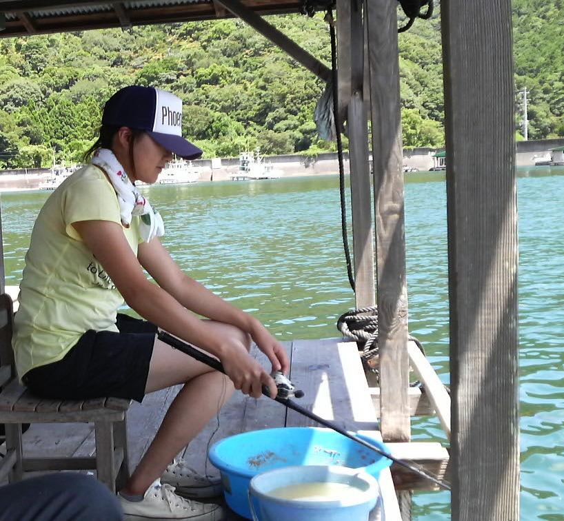 せかせかしない、魚の気持ちになってみる、すると釣れる理屈が見えてきたり、奥が深いなあって気づいた時は立派な釣り師です。