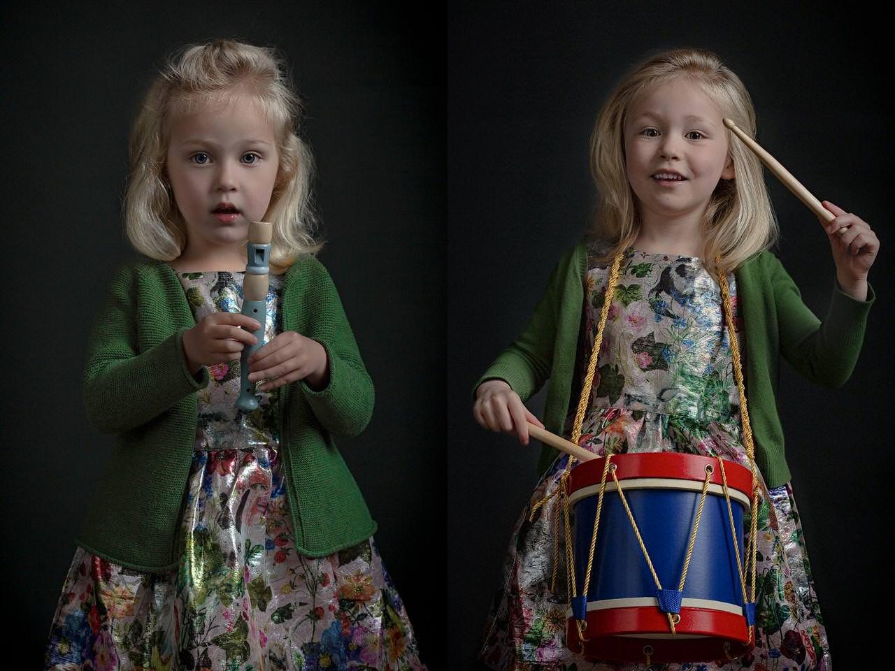Pleun en Saar op de Trommel en de Fluit