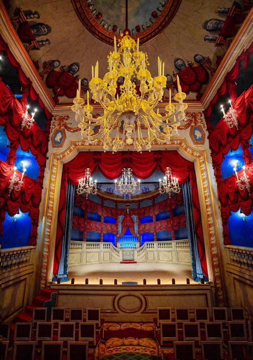 Theatre @ Chateau Groussay a Montfort l'Amaury