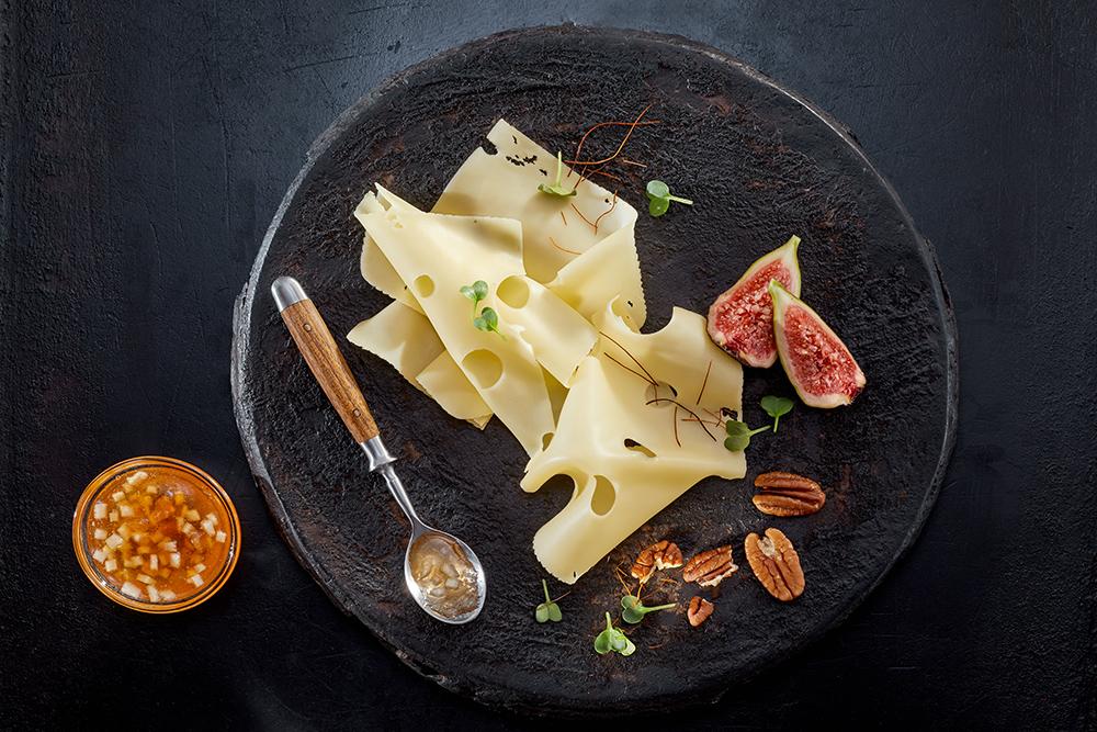 Käse Flat Lay, Werbeaufnahme Team Reiter für Werbeagenturen und Hersteller