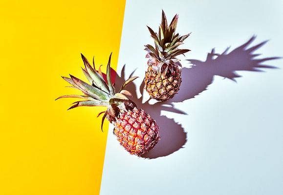 2 Ananas, Trendy Foodfotografie Konzept