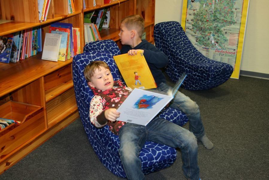 Entspannen in der Bücherei