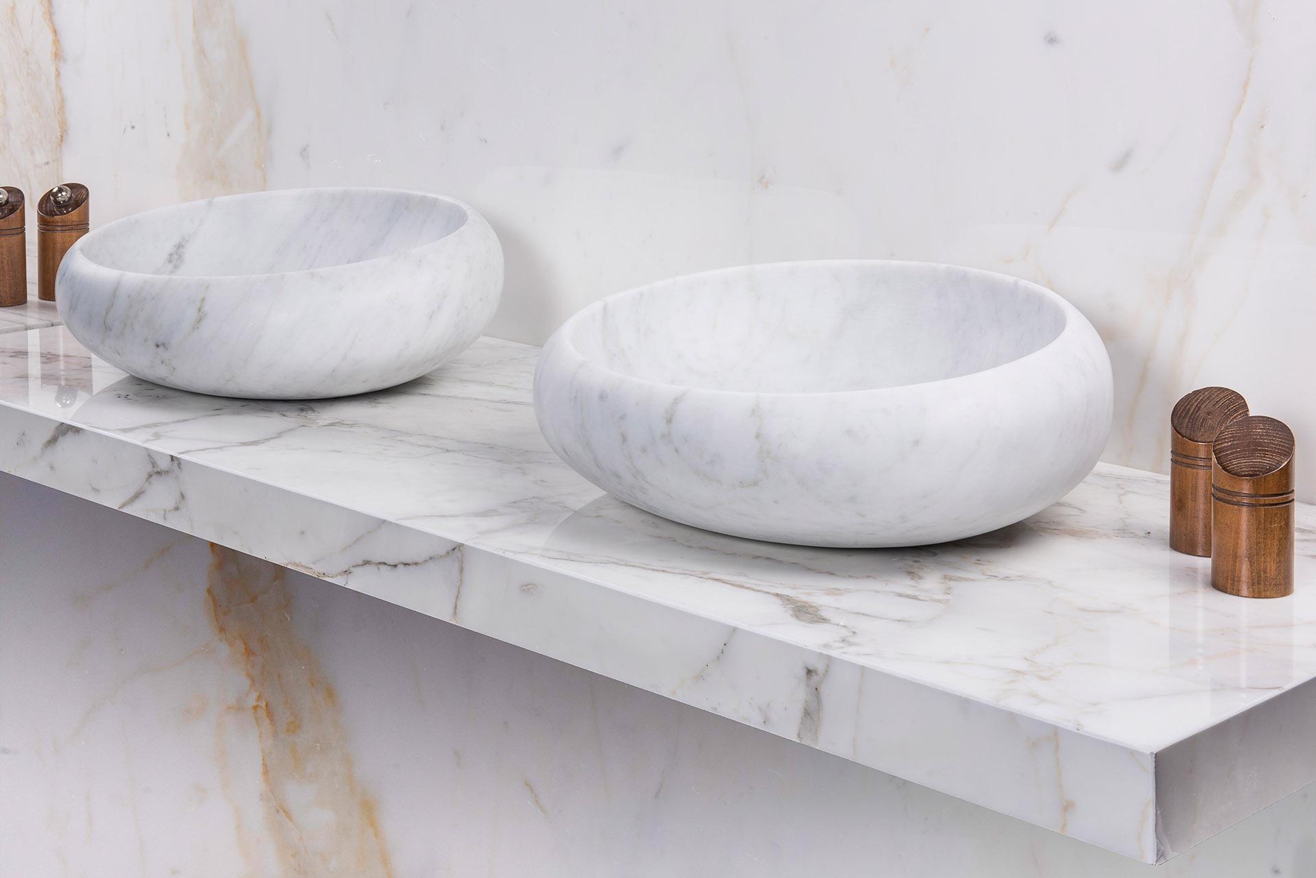 Vesio washbowl in Carrara Marble