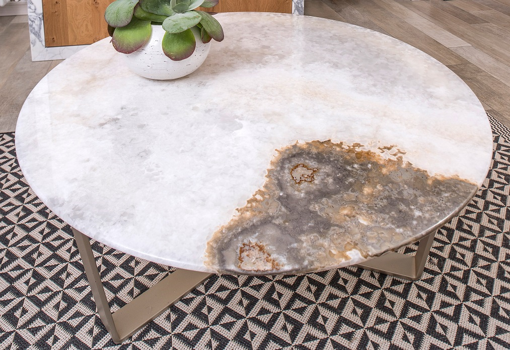 Coffee table with exclusive White Onyx