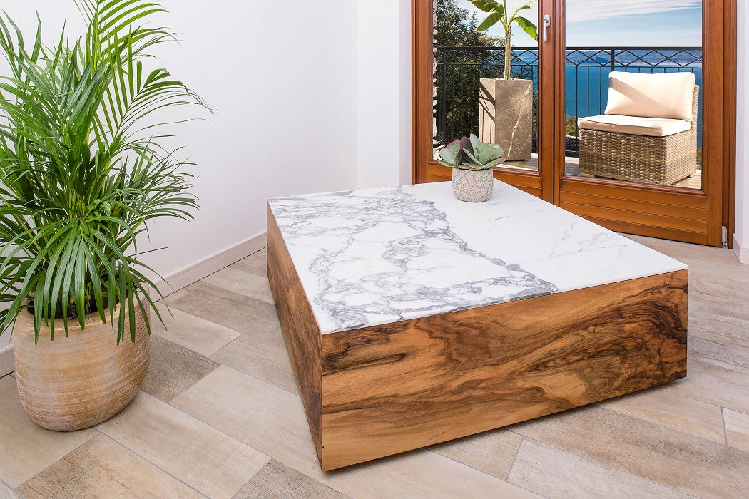 Walnut coffeetable with classic Italian Calacatta marble top