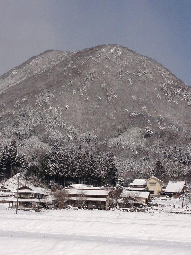 雪化粧の龍頭山