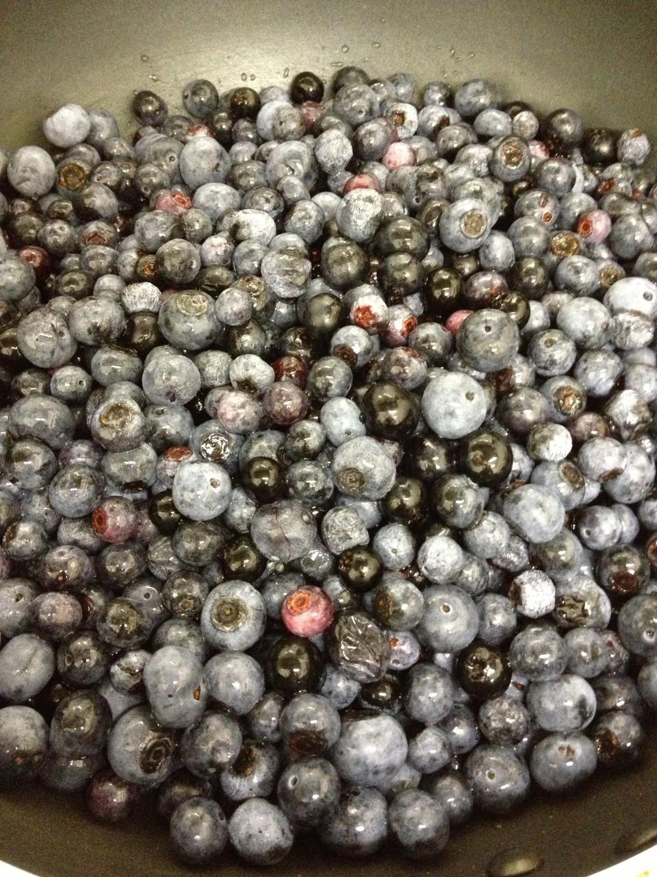 6月:豊平産ブルーベリー
