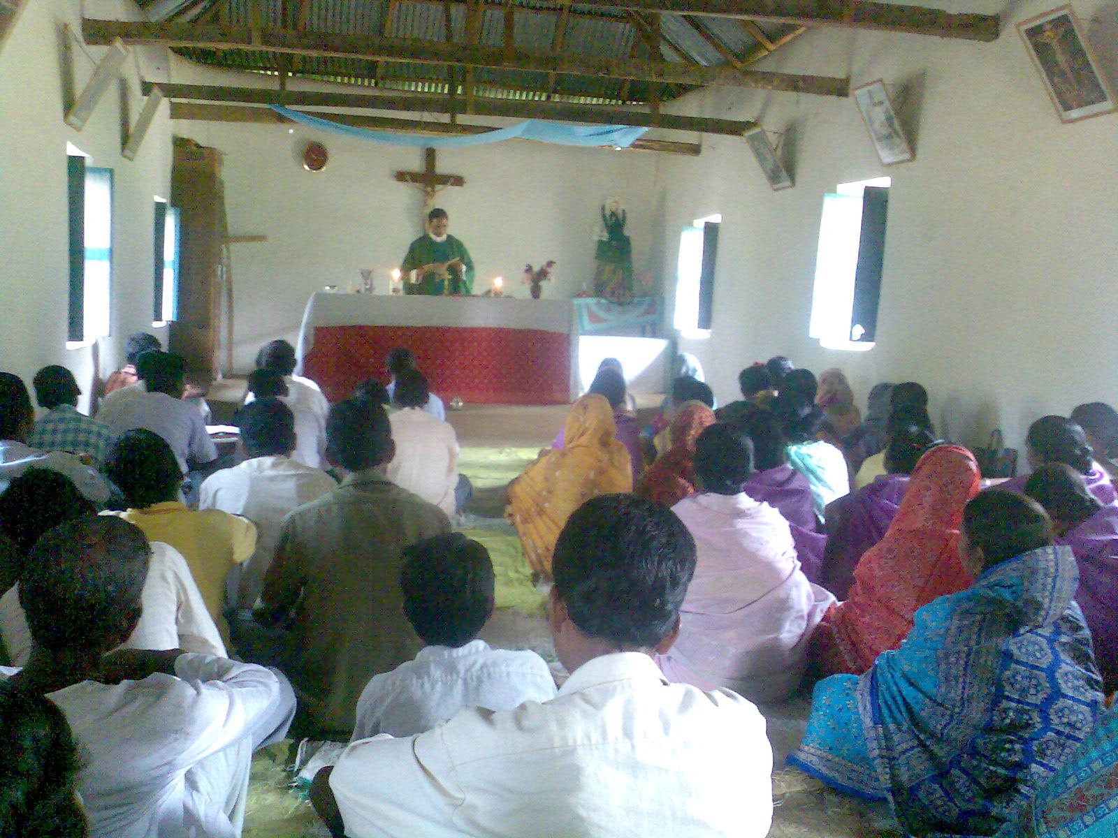Sonntagsmesse in der Dorfkapelle