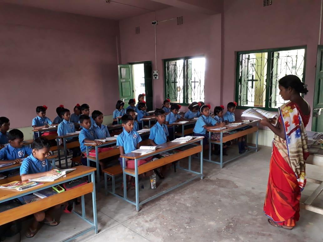 neue Schulmöbel in 2017