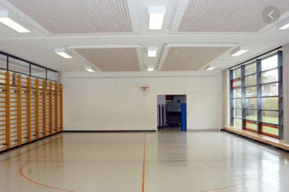 Einspielhalle in der Sporthalle Zug, General-Guisan-Strasse (rechts von der Bossard-Arena)