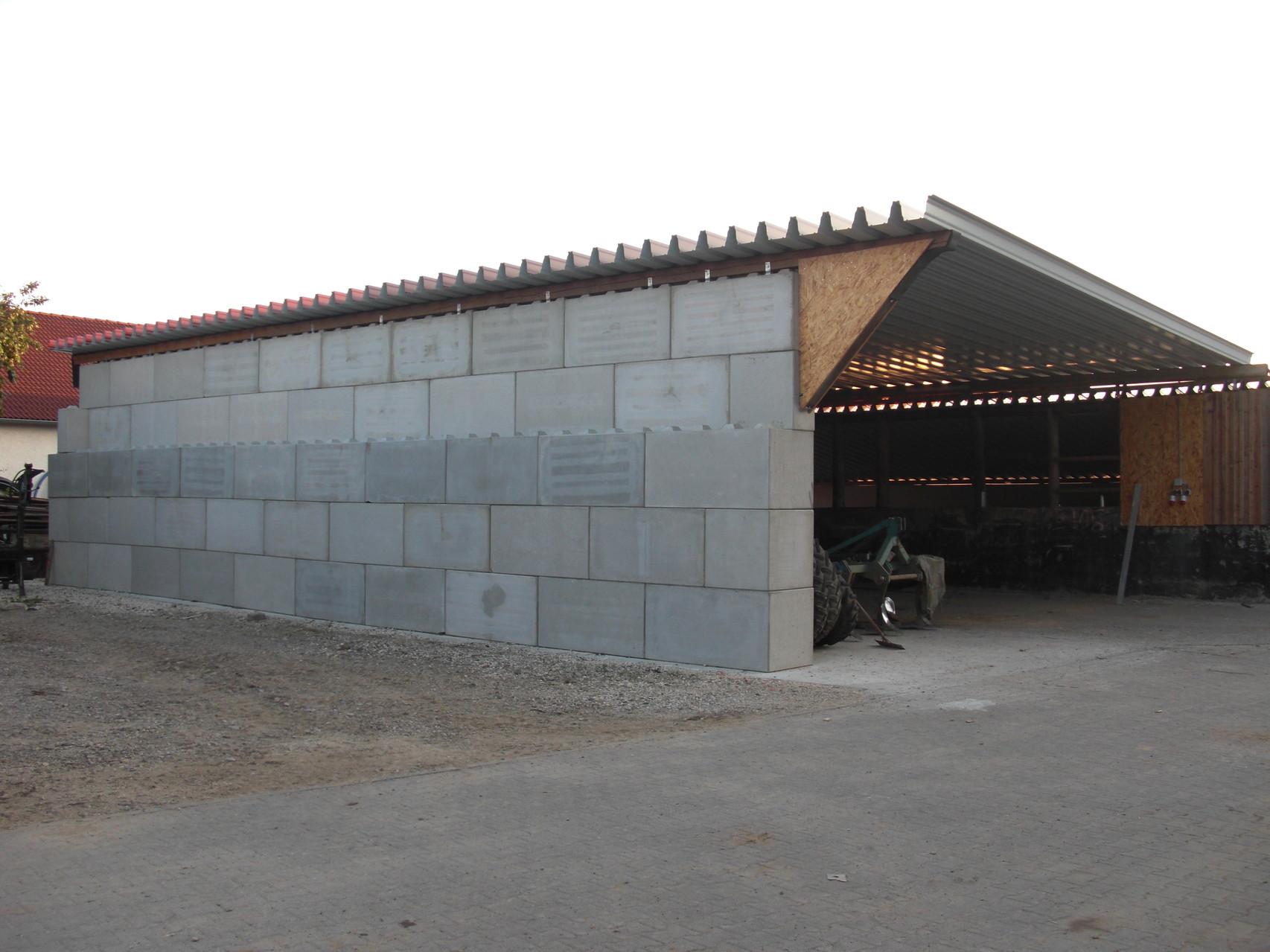 Bau einer Halle