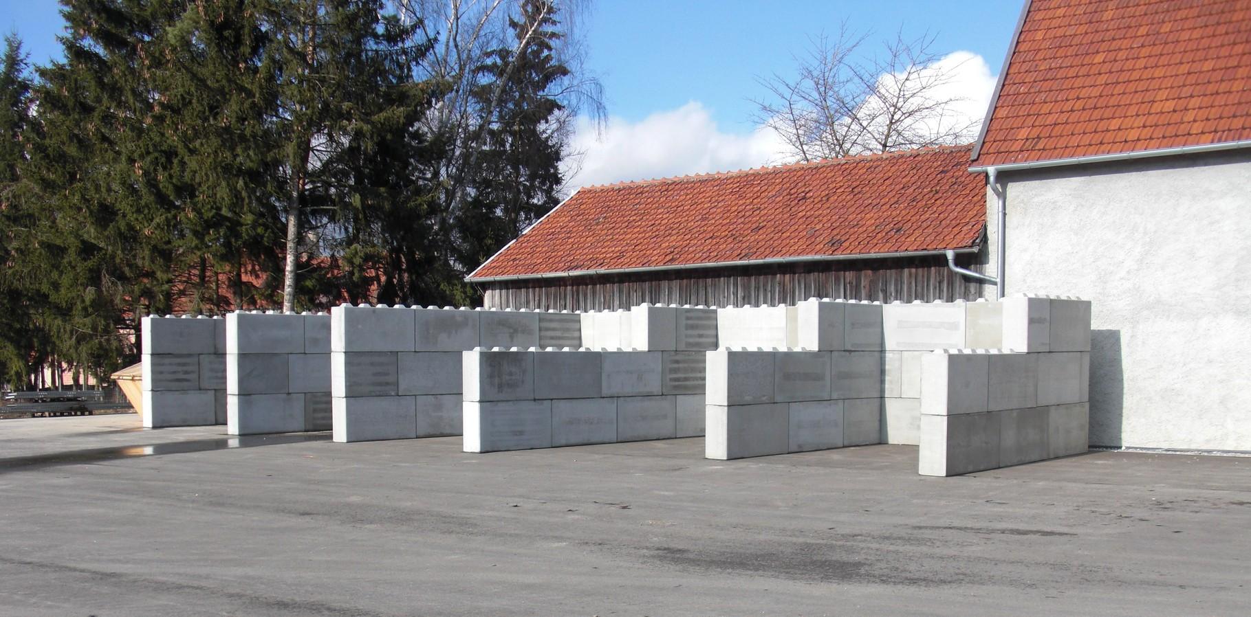 Betonblock  Boxen