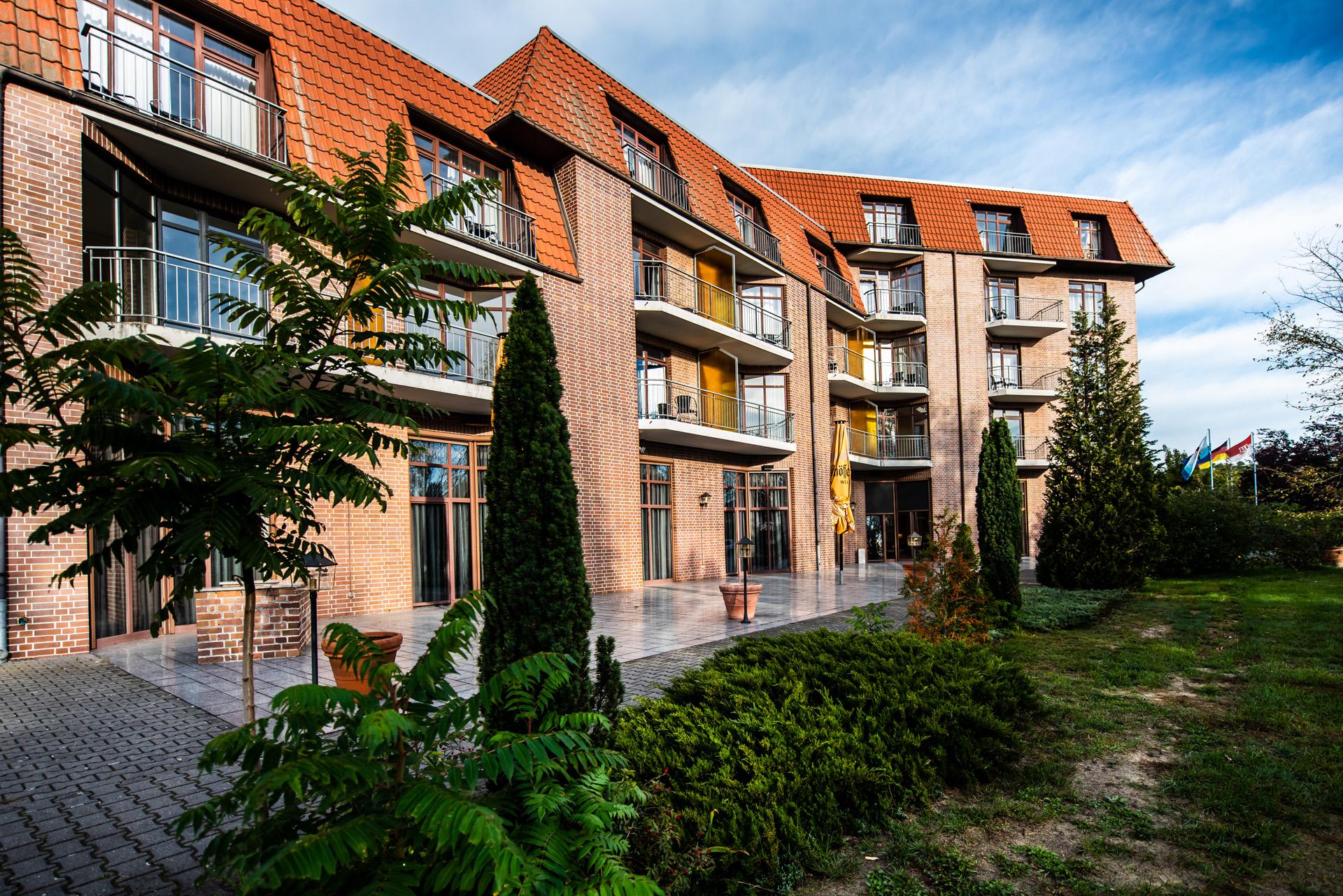 Vincera-Klinik Spreewald eröffnet, André Matthes zur Spreewaldmalerei, Liuba-Gallery eröffnet.