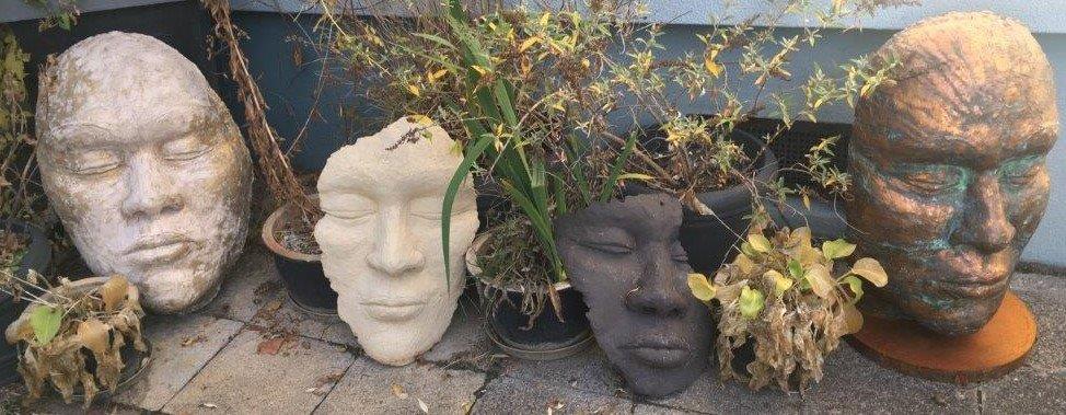 Verschiedene Masken - Ton hochgebrannt (2020) WINTERHART!