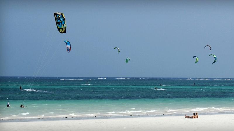 Kenya. Kitesurf Diani Beach