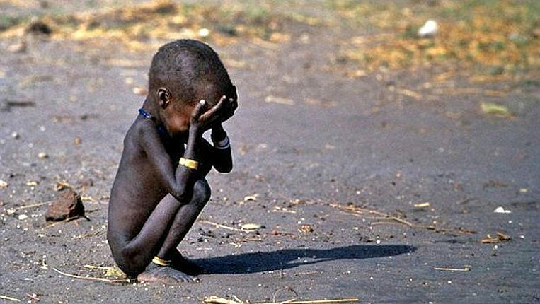 La scarsità di cibo e acqua in Kenya è una realtà