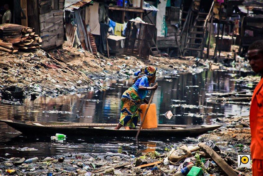"""Una """"via"""" di Makoko"""