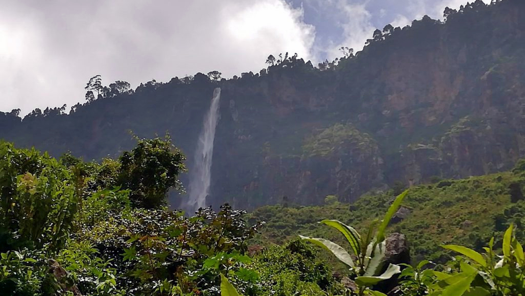 Torok Falls