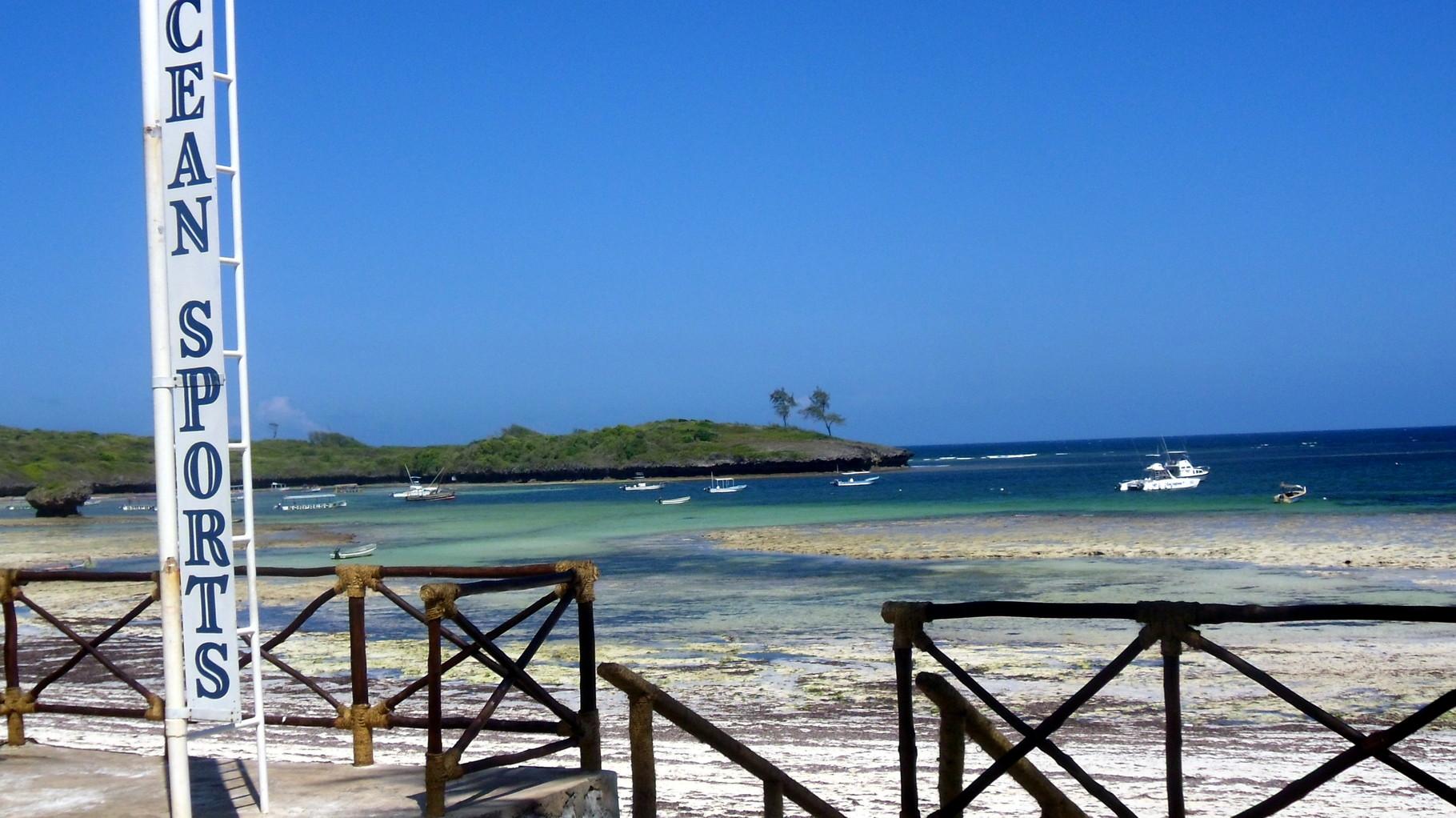 Ocean Sports Watamu-La spiaggia