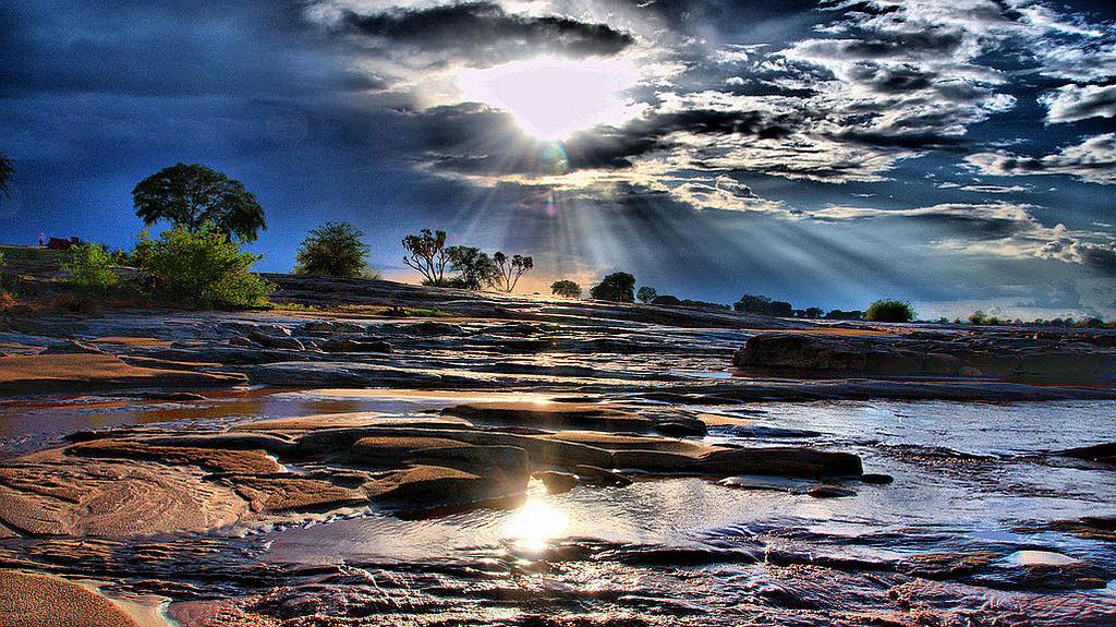 Kenya-Lugard's Falls