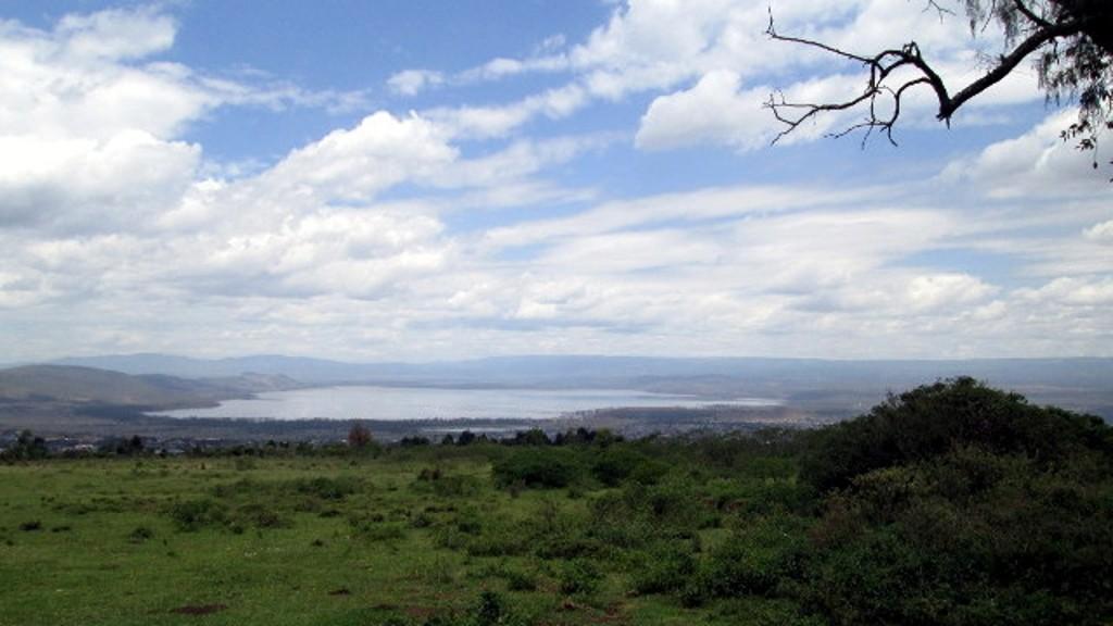 Vista del Lago Nakuru dal Cratere Menengai