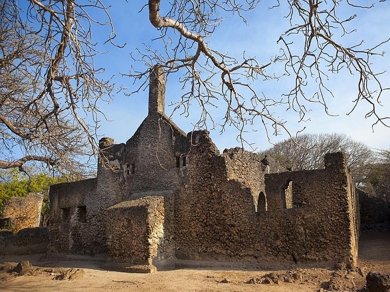 Rovine della Grande Moschea a Takwa nell'isola di Manda, Kenya