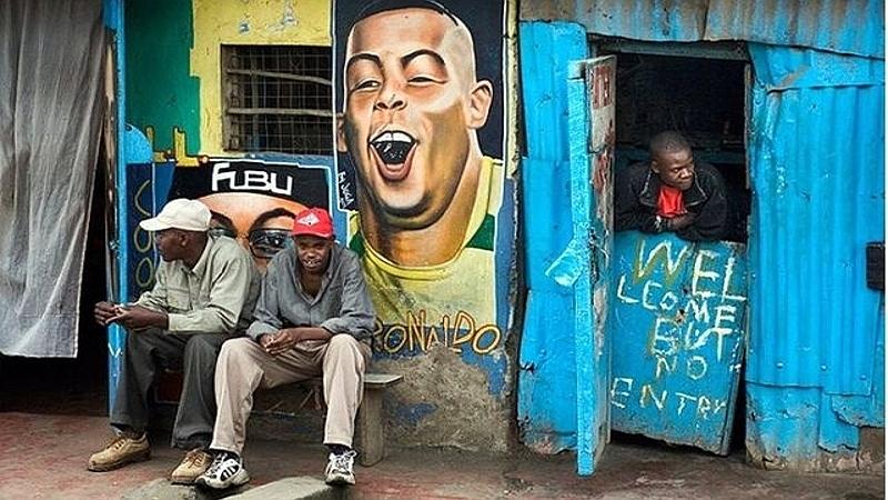 Kenya. Welcome... but not entry! Nairobi